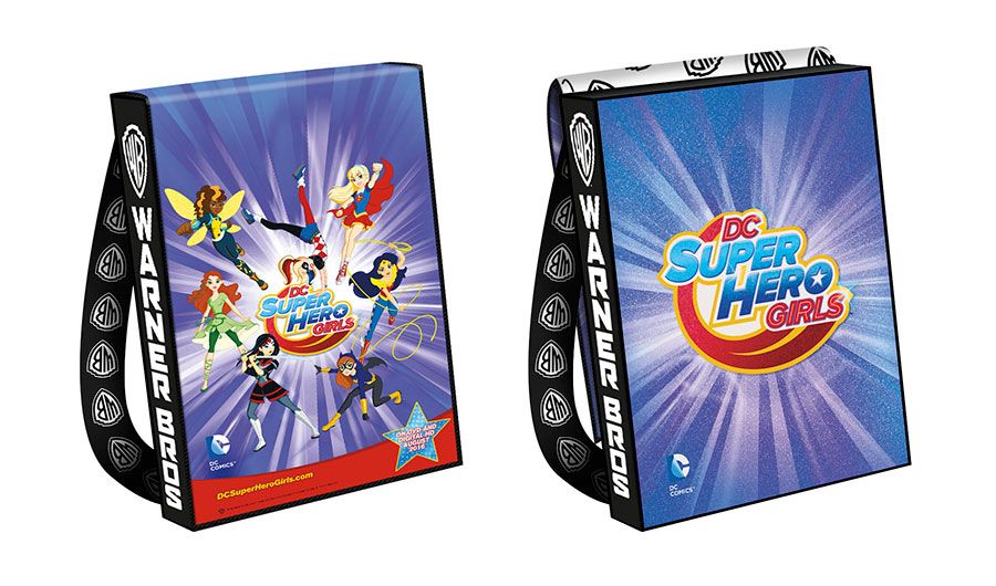 DC-SUPER-HERO-GIRLS-2016-Comic-Con-Bag_57883e649eae97.22918978